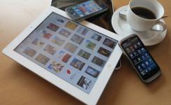 tablet met koffie